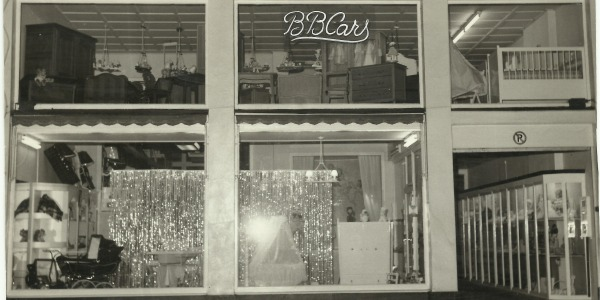 Family Vermeire takes over the store in 1964.